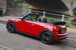 Mini Convertible 2021 RHD rear let tracking