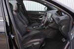 Peugeot 308 SW front seats