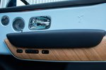 Rolls-Royce Cullinan door trim