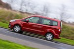 Ford Tourneo Courier driving