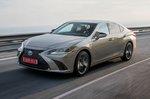 Lexus ES front tracking shot