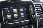 Renault Trafic infotainment system