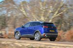 Peugeot 3008 2019 left rear tracking shot