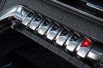 Peugeot 3008 2019 centre console buttons