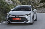 Toyota Corolla Touring Sport 2019 front tracking shot
