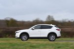 Mazda CX-5 2019 left panning shot