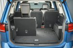 Volkswagen Touran 2019 boot open, seat folded