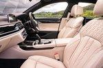 BMW 7 Series 2019 RHD front seats