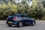 Hyundai i30 2019 right rear tracking shot