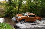 Nissan Navara 2018 RHD fording river