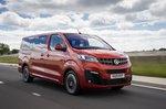 Vauxhall Vivaro Life 2019 front tracking shot