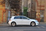 Volkswagen e-Golf 2017 RHD urban side view