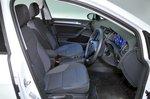 Volkswagen e-Golf 2017 RHD front seats