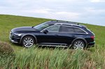 Audi Allroad 2019 RHD tracking on grass