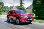 Nissan X-Trail 2019 RHD front right tracking