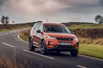 Land Rover Discovery Sport 2019 front tracking