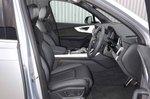 Audi Q7 2019 front seats