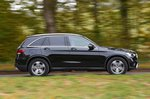 Mercedes-Benz GLC 2021 right panning