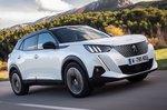 Peugeot e-2008 2019 front tracking shot