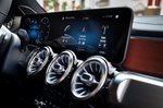 Mercedes-Benz GLB 2019 LHD infotainment