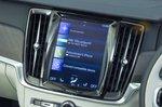 Volvo V90 infotainment