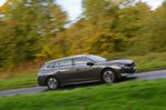 Peugeot 508 SW driving