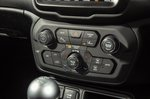 Jeep Renegade 2018 console detail RHD