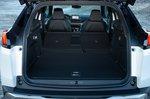 Peugeot 3008 Hybrid 2020 boot open LHD