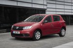 Dacia Sandero 2019 front left urban static