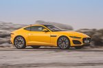 Jaguar F-Type Coupe 2020 right panning