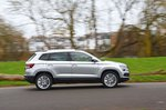 Skoda Karoq 2021 right panning