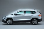 Skoda Karoq 2021 left side studio