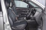 2020 Mitsubishi Outlander PHEV RHD front seats