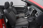 Volkswagen T-Roc Cabriolet 2020 RHD front seats