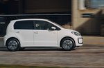 Volkswagen e-Up 2020 RHD right panning