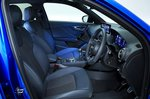Audi Q2 front seats - blue 19-plate car