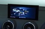 Audi Q2 infotainment screen - blue 19-plate car