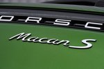 Porsche Macan S badge
