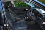 Kia e-Niro 2020 RHD front seats