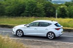 Seat Leon 2020 RHD rear left panning tracking