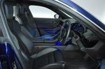 2020 Porsche Taycan front seats