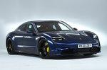 Porsche Taycan 2021 front studio
