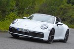 Porsche 911 Targa 2020 front cornering