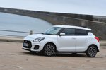 Suzuki Swift Sport 2020 left panning
