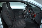 Volkswagen Up GTI 2020 front seats