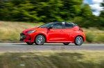 Toyota Yaris 2020 right panning