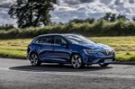 Renault Megane Sport Tourer 2020 front right tracking