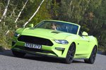 Ford Mustang Convertible 2020 front cornering