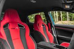 Honda Civic Type R 2020 front seats