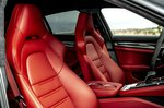 Porsche Panamera 2020 front seats